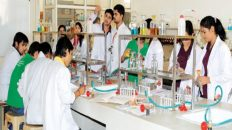 How to choose Best B Pharma College